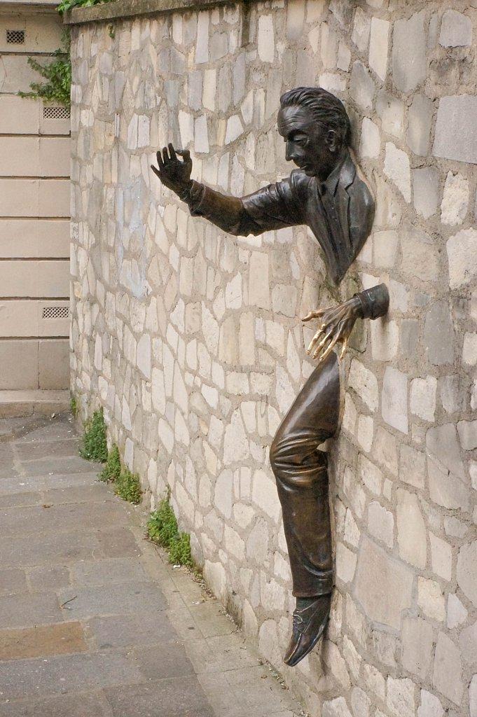 Le Passe murailles, Paris