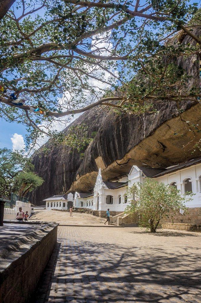 Dambulla - Cave temple