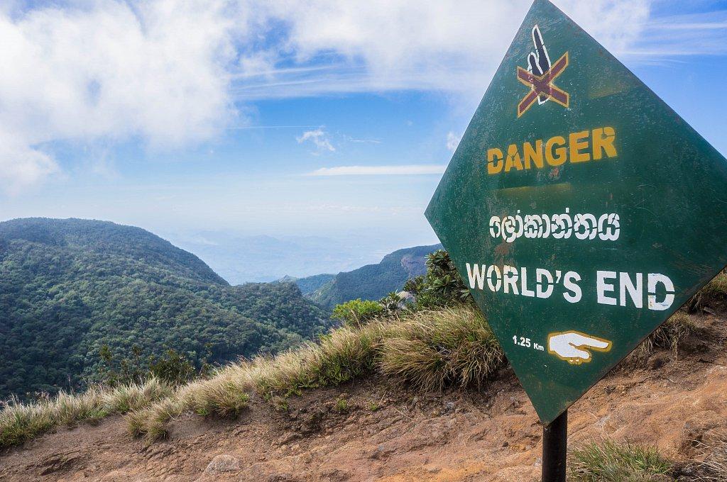 Horton Plains - World's End sign