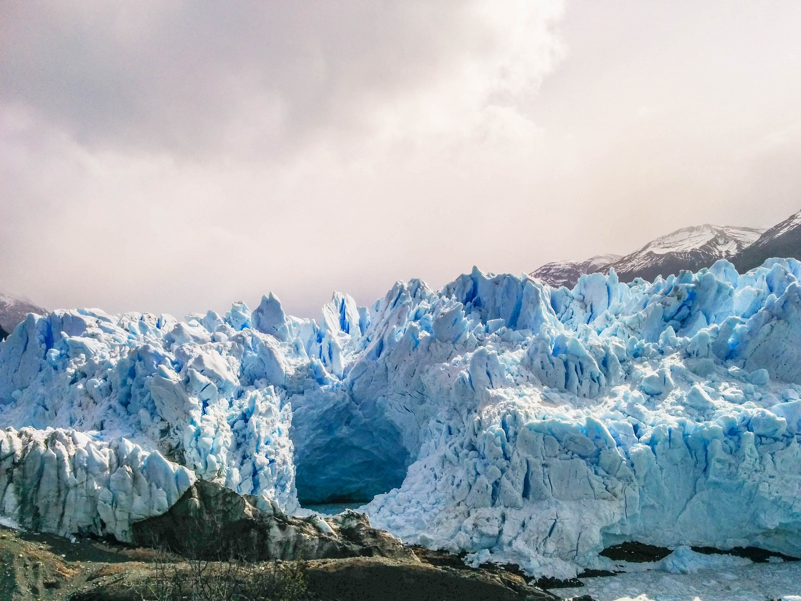 Glacier Perito Moreno - caverne naturelle